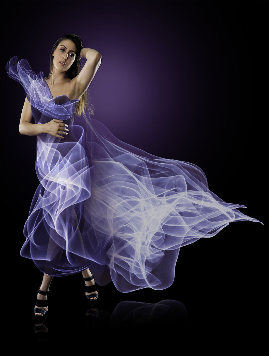 I-made-dresses-using-light-5765e081a5b2e__880