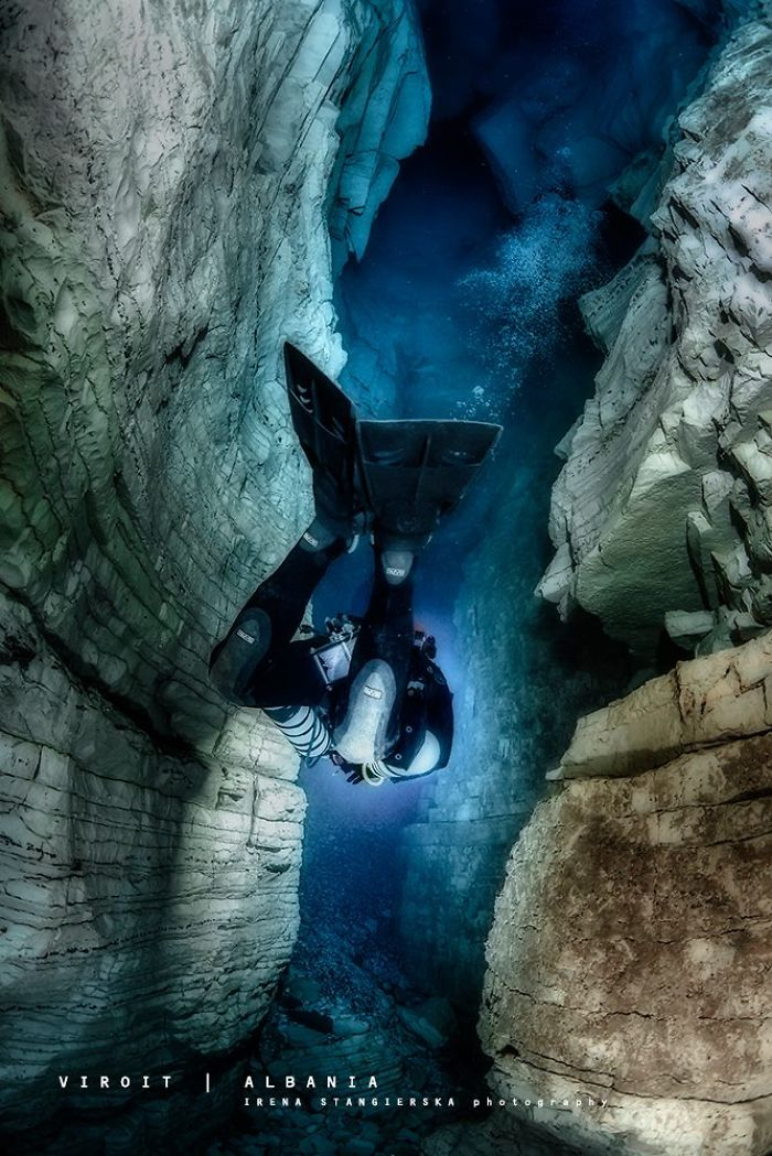 The-Magical-Underwater-World-of-Albanian-Caves10__700