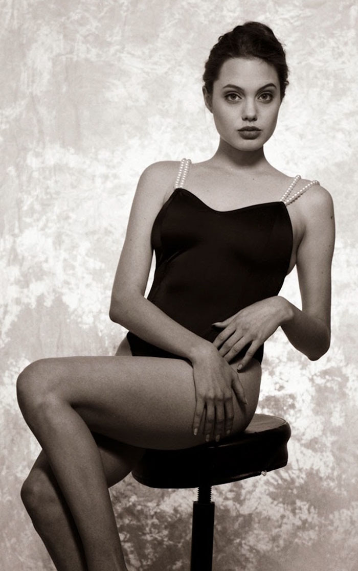 angelina-jolie-young-15-years-old-harry-langdon-20