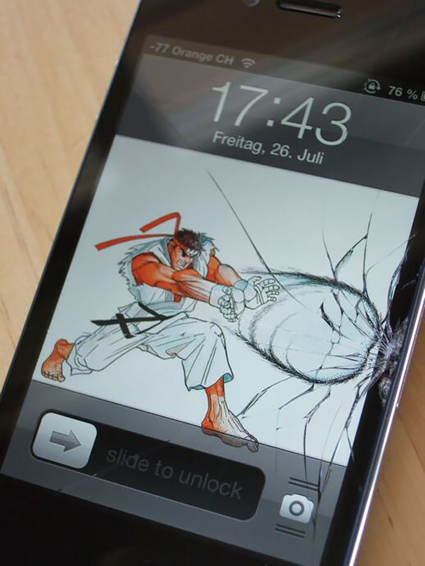 cracked-phone-screen-funny-solutions-wallpapers-4-5757d46aba34e__605