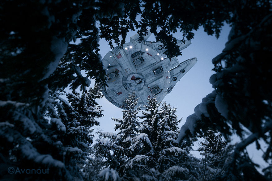 Amazing-forced-perpective-Star-Wars-toy-photographs-570e0ef4eeb7b__880